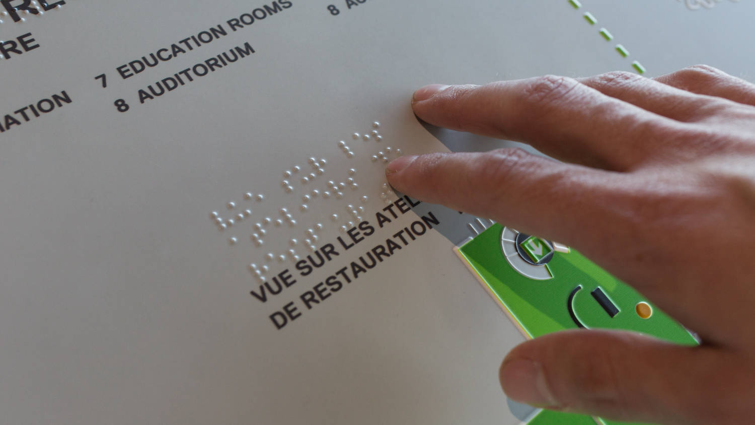 Plans en braille et en reliefs